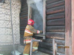 Пенсионер погиб в собственном доме во время пожара
