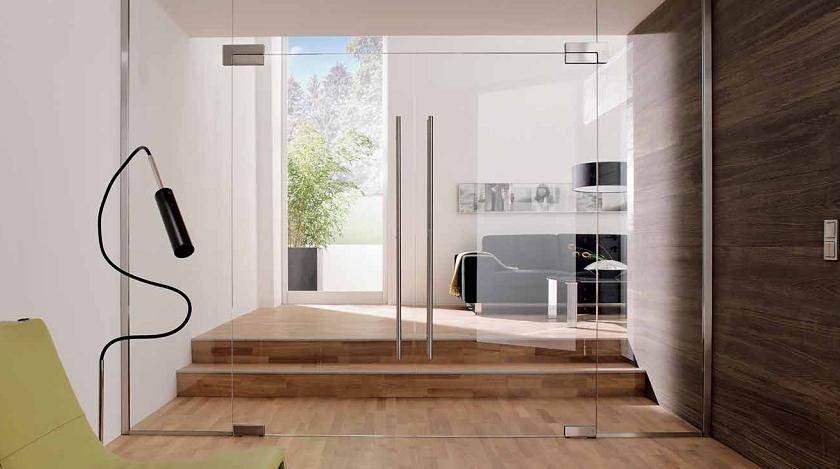 Стеклянные конструкции в интерьере - стильно и изящно