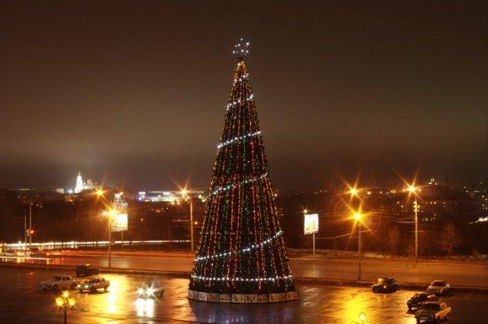В Новополоцке состоялось открытие главной елки города