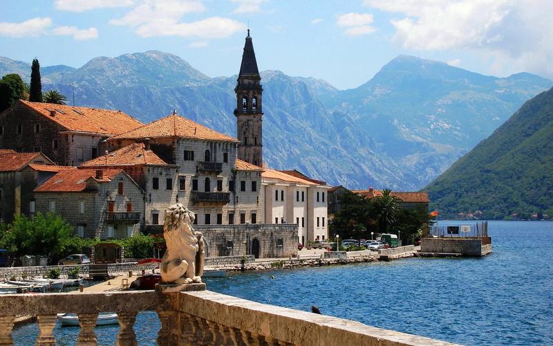 С 1 апреля 2015 года в Черногории можно будет получить вид на жительство пр ...