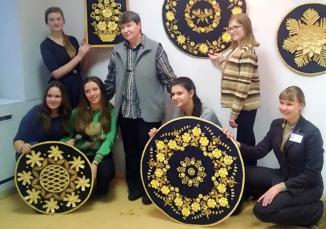 «Народные корни золотого искусства» - новая выставка в Полоцком районном ЦР ...