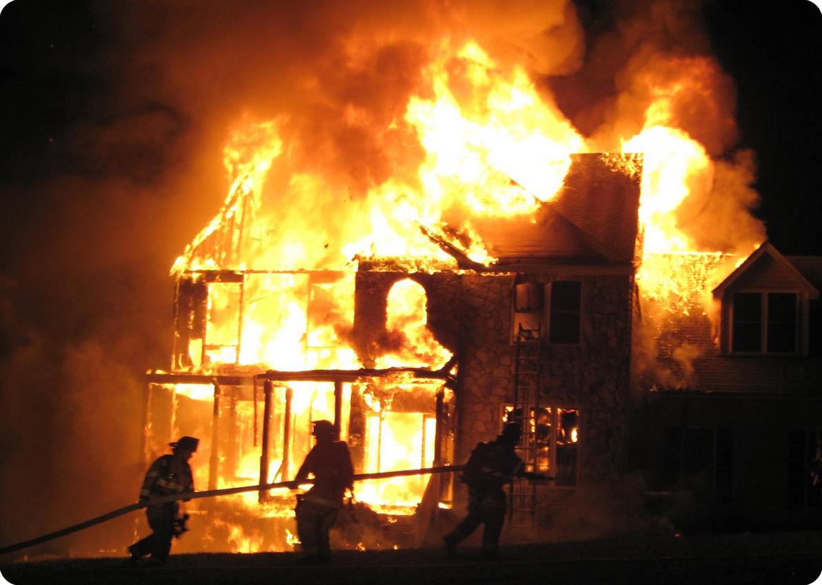 Три пожара и поджог произошли в Полоцком районе за два дня
