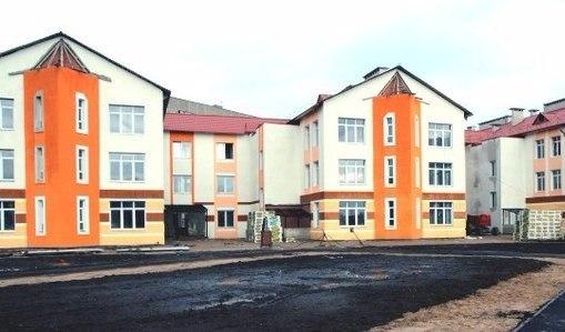 Жители Новополоцка привели детей в несуществующий садик