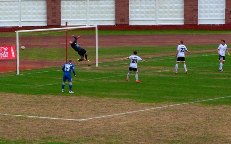 У «Нафтана» первая победа в третьем туре чемпионата Беларуси по футболу