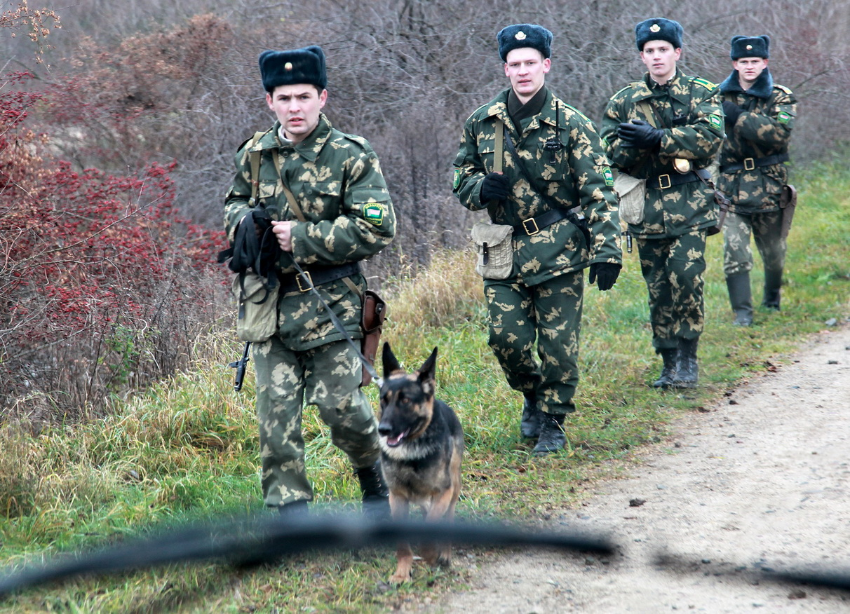 За одну неделю Полоцкими пограничниками задержаны две нелегальные группы