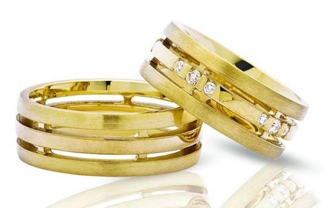Эксклюзивные обручальные кольца в Киеве