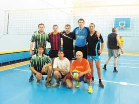 ОАО «Нафтан» определил команду лучших волейболистов