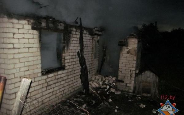 Дачный дом сгорел унеся с собой две жизни