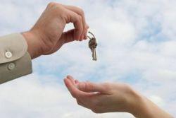 Лукашенко разрешил предоставлять арендное жилье не только госслужащим