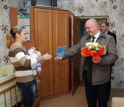 Дмитрий Демидов поздравил «Детей мира»