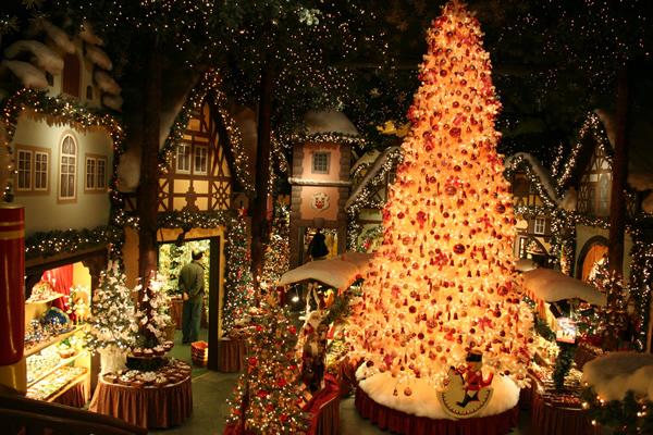 Новополоцкую городскую елку торжественно откроют 24 декабря