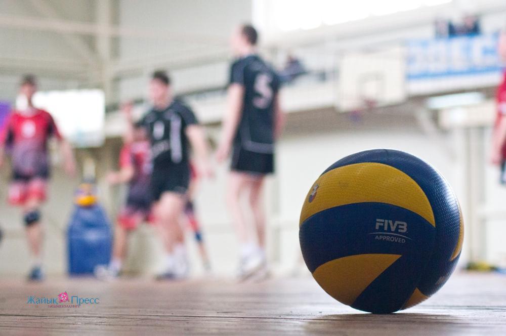 На «Полимире» прошли финальные соревнования волейбольного первенства