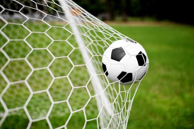 Второй тур Новополоцкого футбольного чемпионата определил четыре сильнейших команды