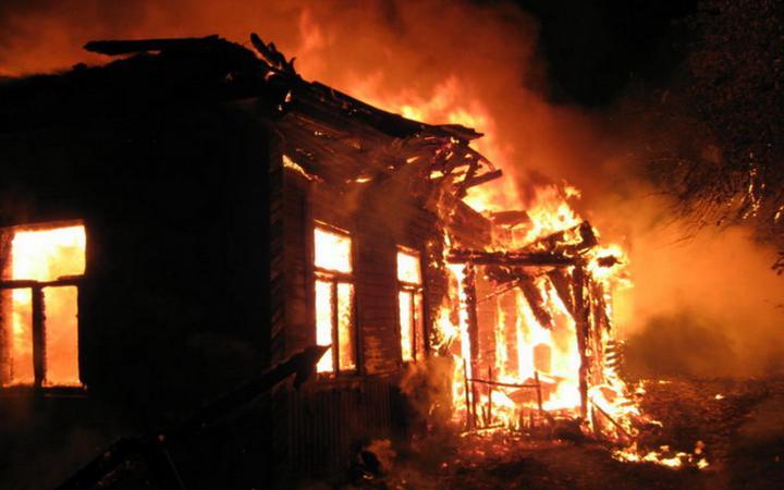 В Полоцком районе хозяин сгорел вместе с собственным домом