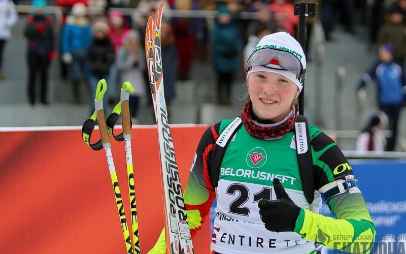 У Дарьи Блашко победа в спринтерских соревнованиях юниорского IBU-кубка