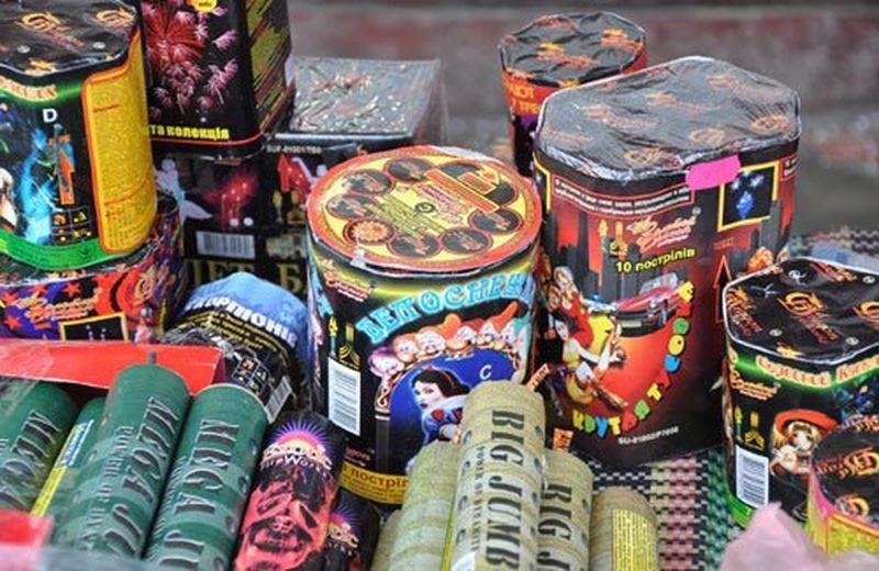 В Полоцке правоохранители изъяли пиротехнические изделия в сумме более 600  ...