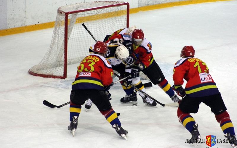 Хоккеисты «Химика» со счетом 3-4 уступили команде «Лиды»