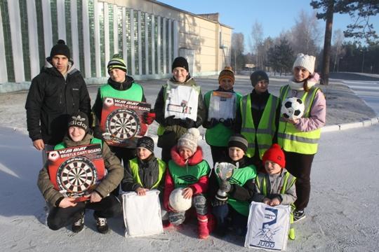 Полоцкое районное объединение профсоюзов вручило подарки юным полоцким спор ...