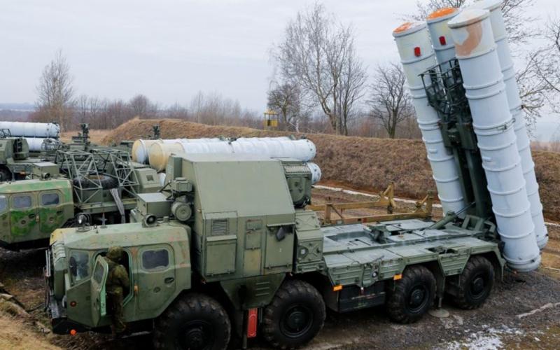 В Полоцке разместили прибывшие из Хабаровска зенитно-ракетные комплексы