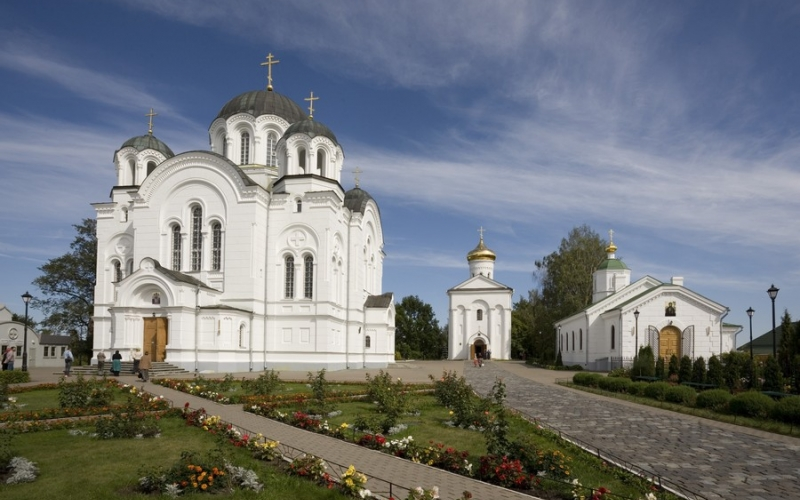 В Спасо-Ефросиниевском монастыре прошли встречи для трудных девушек-подростков