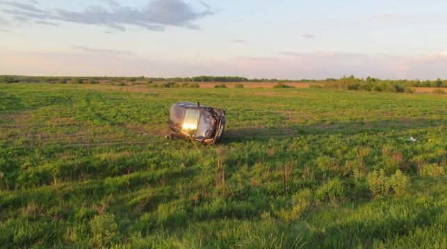 На дороге Витебск-Полоцк-граница Латвии по вине пьяной женщины-водителя про ...