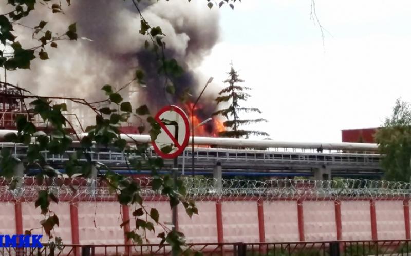 МЧС сообщило о полной ликвидации пожара на «Полимире»