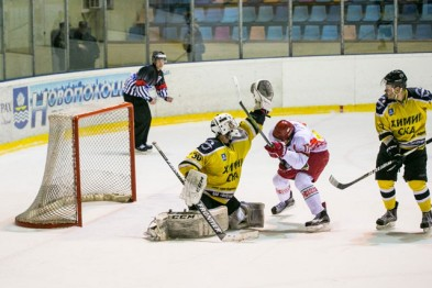 Хоккейный клуб «Химик-СКА» опустился на последнюю позицию Экстралиги