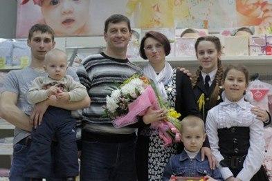 В Полоцке маму пятерых детей наградили почетным орденом Матери