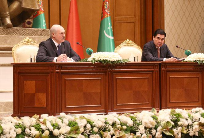 Лукашенко отправляется торжественно запускать калийный проект в Туркменистан