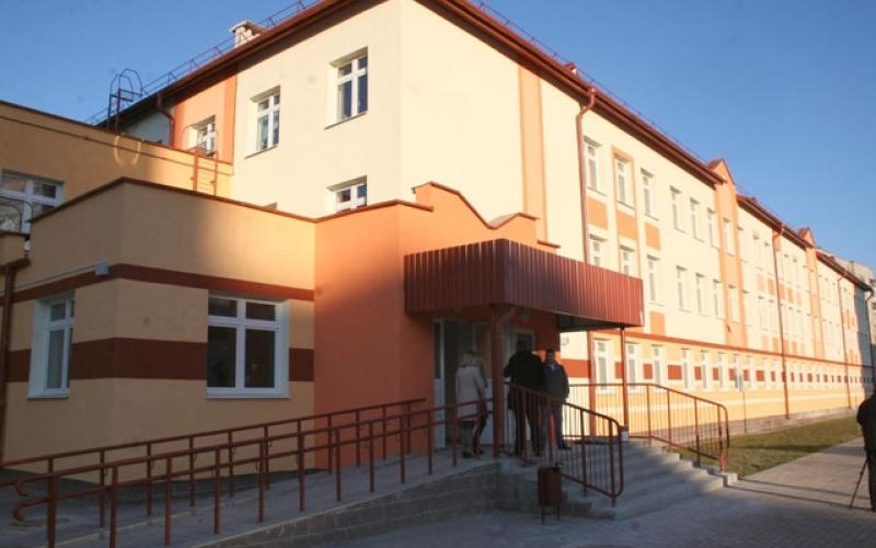 В восьмом микрорайоне Новополоцка открыли новую ясли-сад-начальную школу