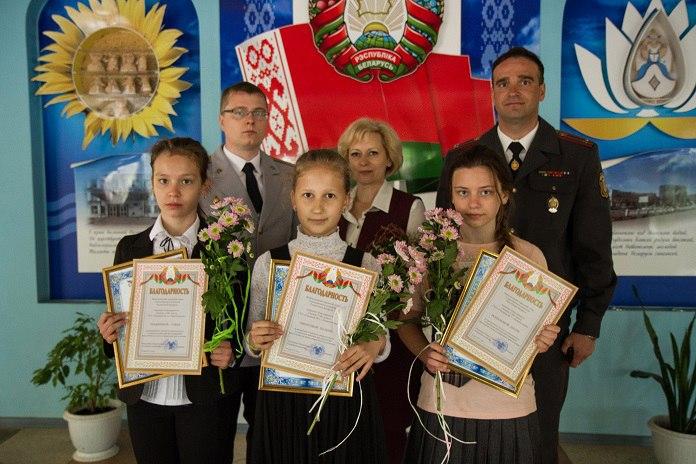 Новополоцкие школьницы поймали вора