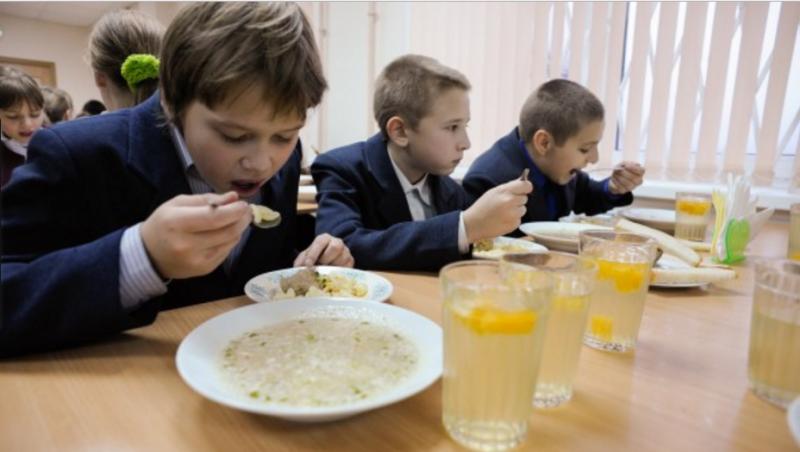 Нарушения в питании школьников