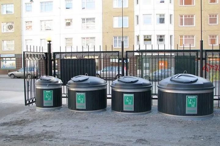 В Новополоцке установлены новые контейнеры для сбора мусора