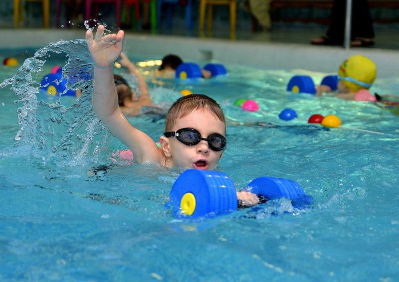 Занятия по плаванию для детей в Минске: профессиональные тренировки