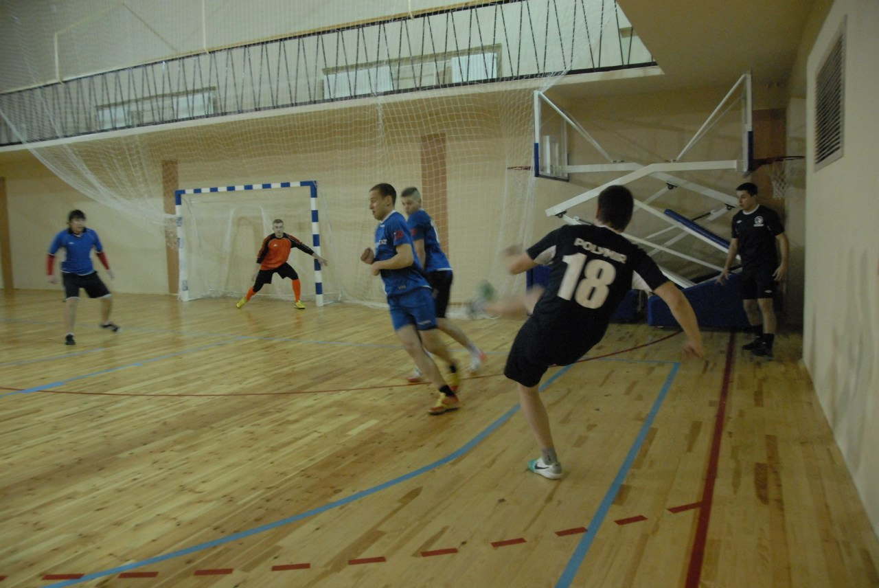 Определились финалисты Чемпионата Полоцка по мини-футболу