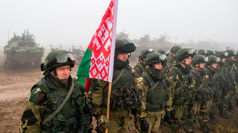 Началась проверка Вооружённых сил Беларуси. 2 тысячи военнообязанных призваны из запаса