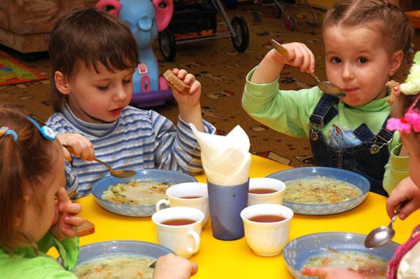 Как будут питаться полоцкие дети в школах и детских садах?