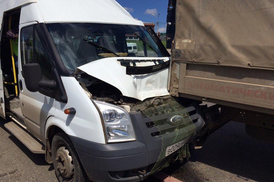 Вынесен приговор водителю тягача, который протаранил маршрутку Полоцк (Новополоцк) - Минск